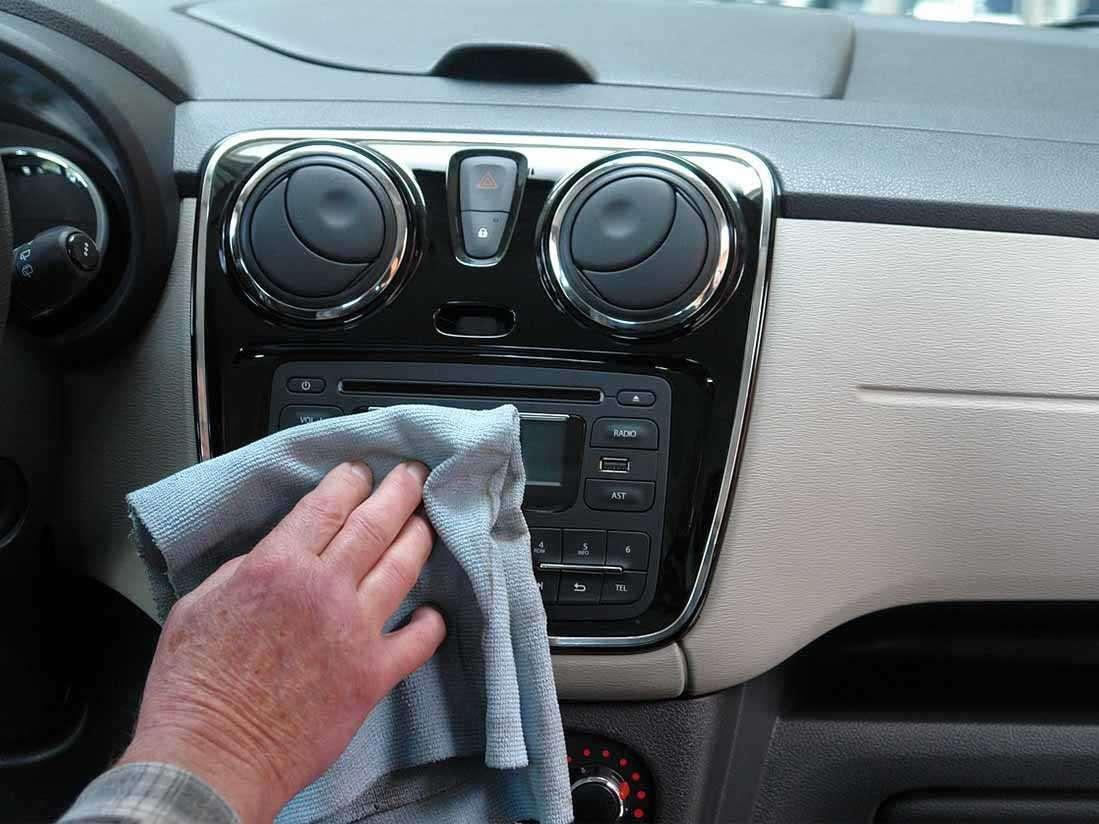 Consejos para eliminar los malos olores de tu coche