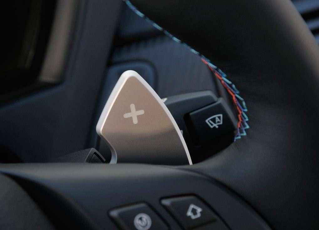 Levas en el volante para un cambio automático