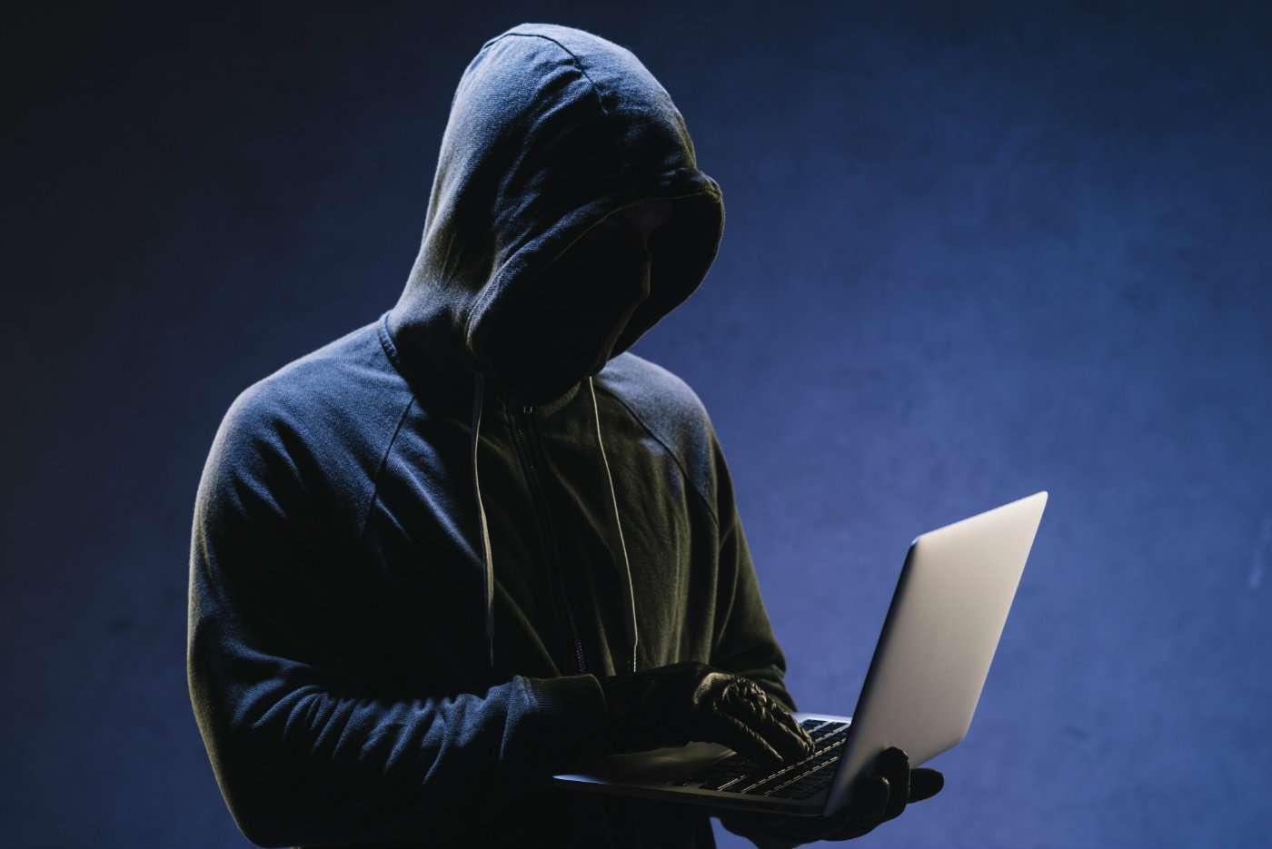 Consejos para evitar que un ciberdelincuente robe el control de tu coche