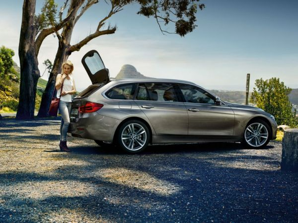 BMW Serie 3 320d Touring nuevo Barcelona