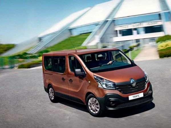Renault Trafic Furgón 27 L1H1 dCi 88kW (120CV) Euro 6 nuevo Cádiz