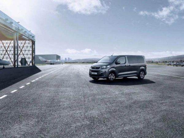 Peugeot Traveller Business BlueHDi 110KW (150CV) Standard nuevo Cádiz