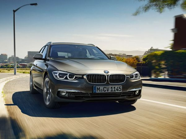 BMW Serie 3 318d Touring nuevo Barcelona