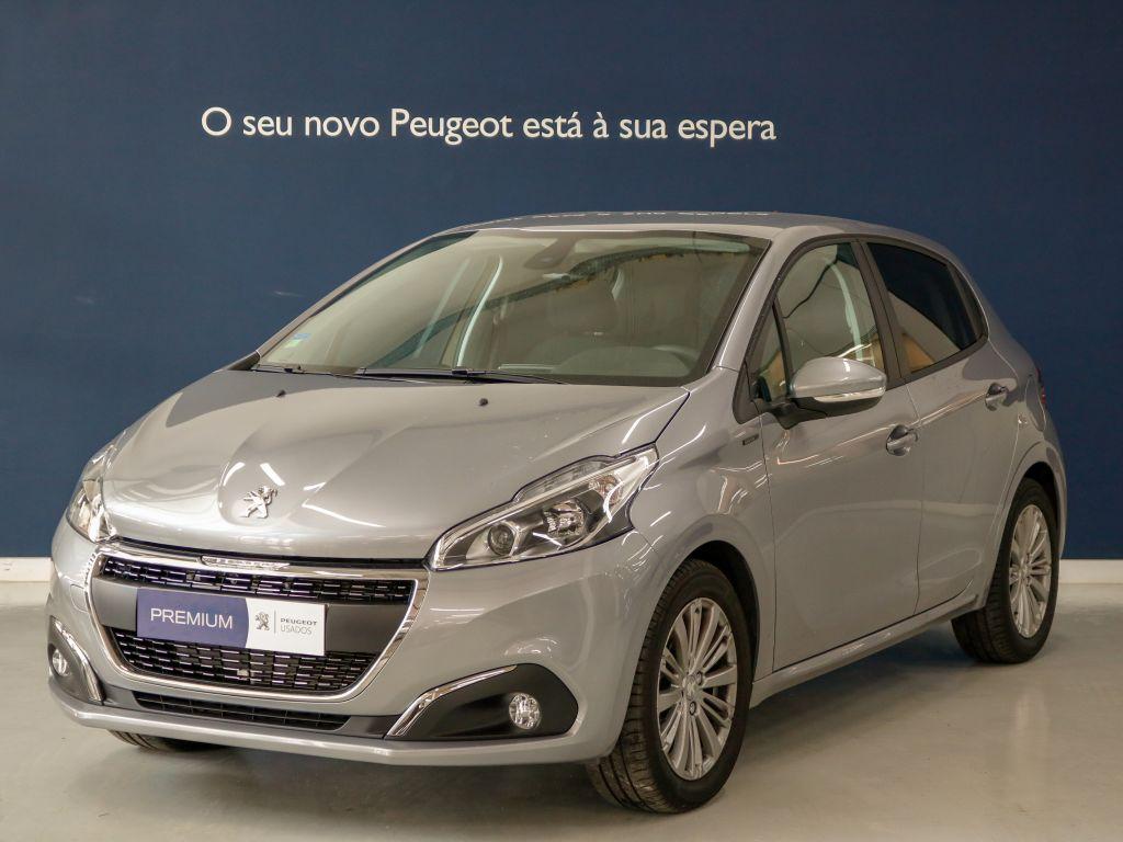 Peugeot 208 Signature 1.2 PureTech 82 Euro 6.2 usada Setúbal