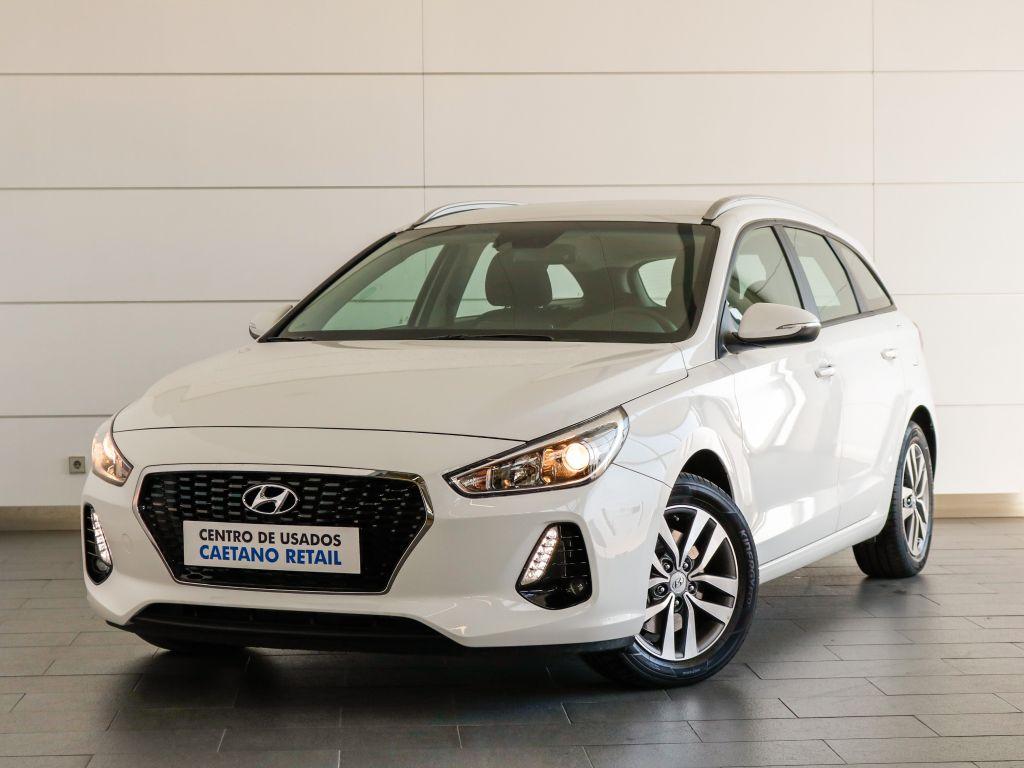 Hyundai i30 SW 1.0 TGDi 120cv Comfort + BTL + NAVI 120CV usada Lisboa