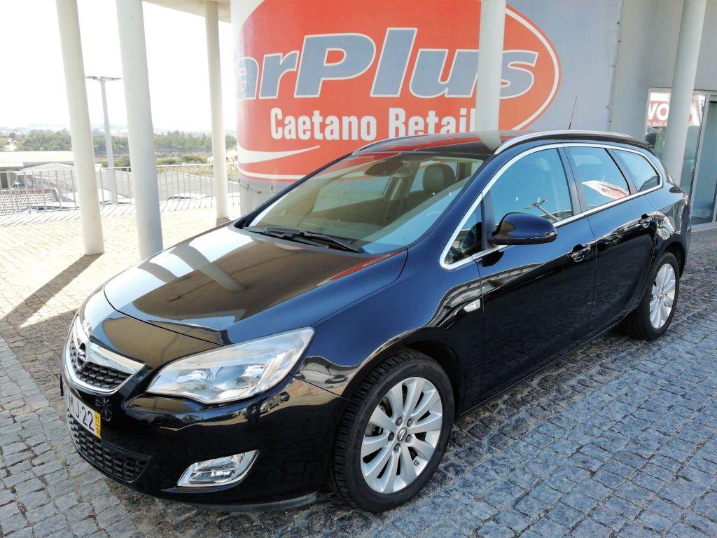 Opel Astra Sports Tourer 1.7 CDTI DPF 125cv Cosmo segunda mão Lisboa