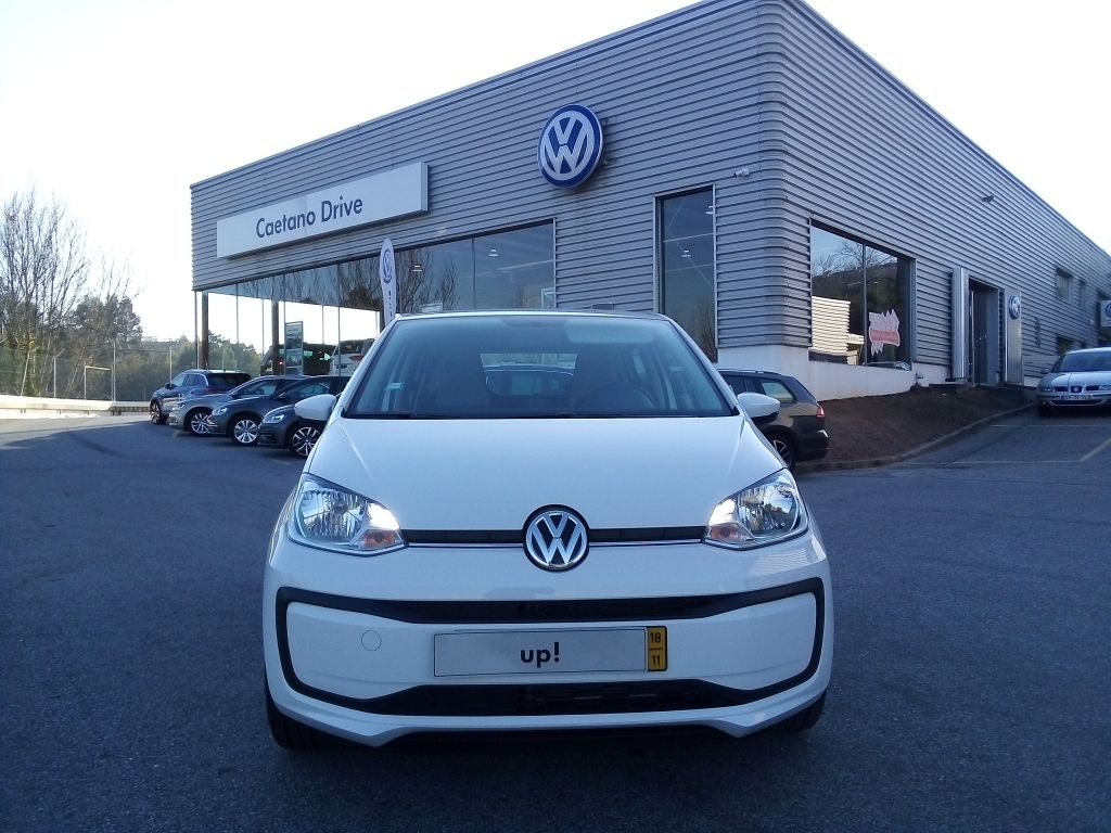 Volkswagen up! 1.0 60cv Take up BlueMotion Tech usada Porto