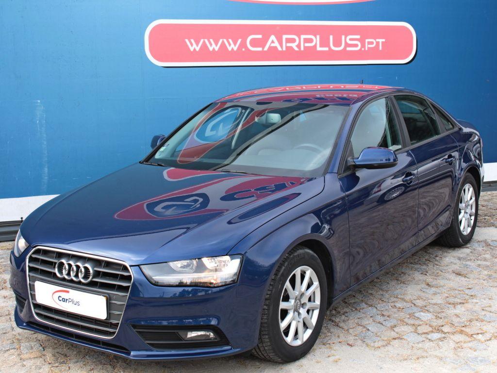 Audi A4 2.0TDi Business Line segunda mão Porto