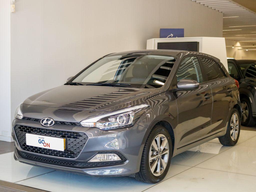 Hyundai i20 i20 1.2 5 P GLS MPI COMFORT S/ CD MY17 usada Lisboa