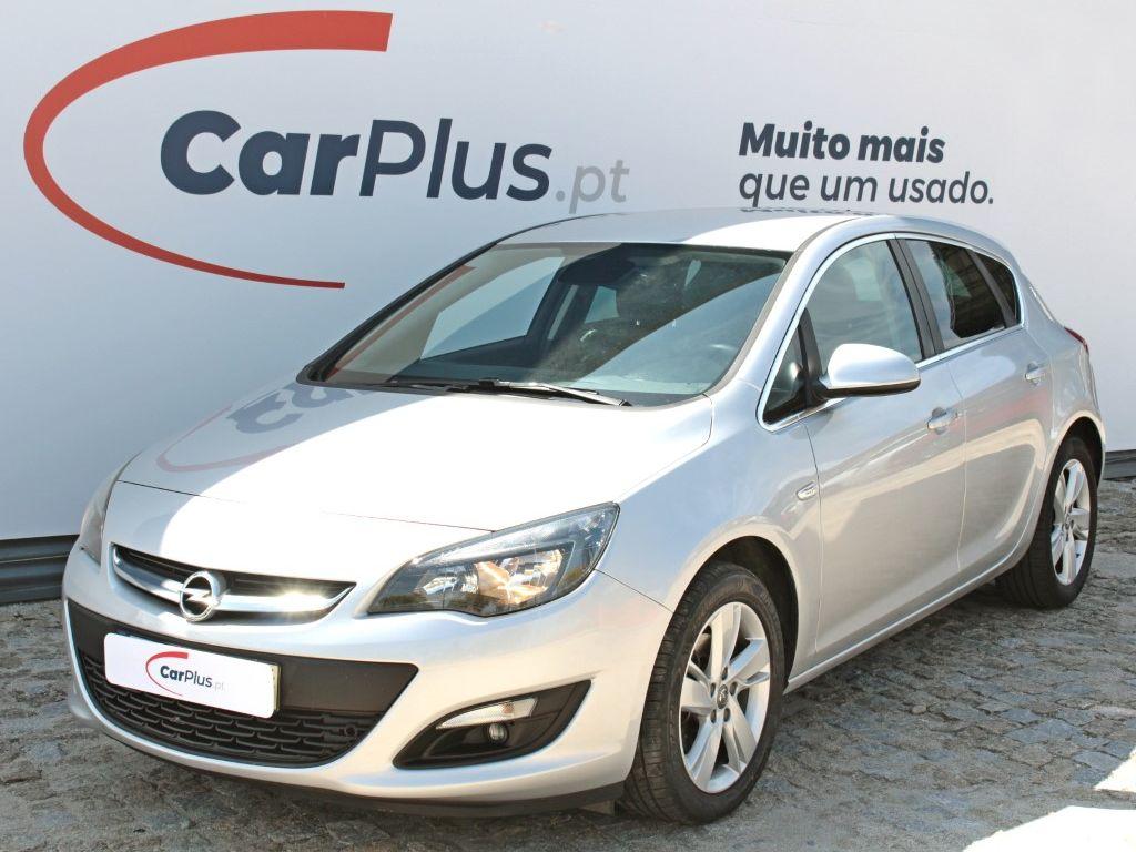 Opel Astra Selection 1.6 CDTI 110cv S/S segunda mão Porto