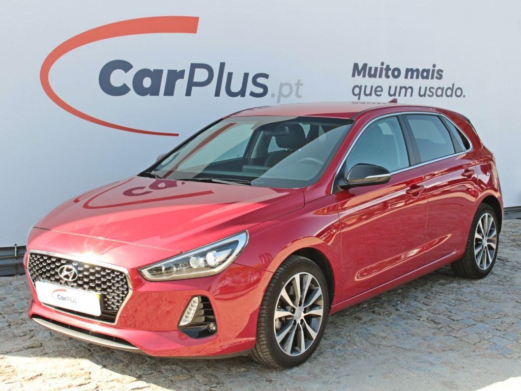Hyundai i30 1.6 CRDi 110cv Launch Edition segunda mão Porto