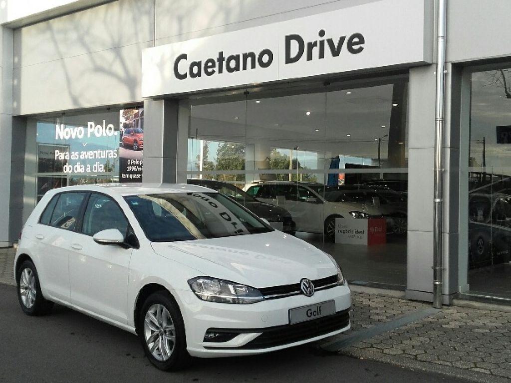 Volkswagen Golf 1.0 TSI 110cv Trendline usada Aveiro