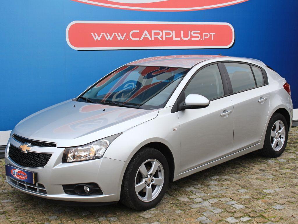 Chevrolet Cruze 1.6 LT segunda mão Porto