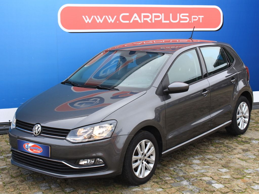 Volkswagen Polo 1.0 75cv Confortline segunda mão Porto