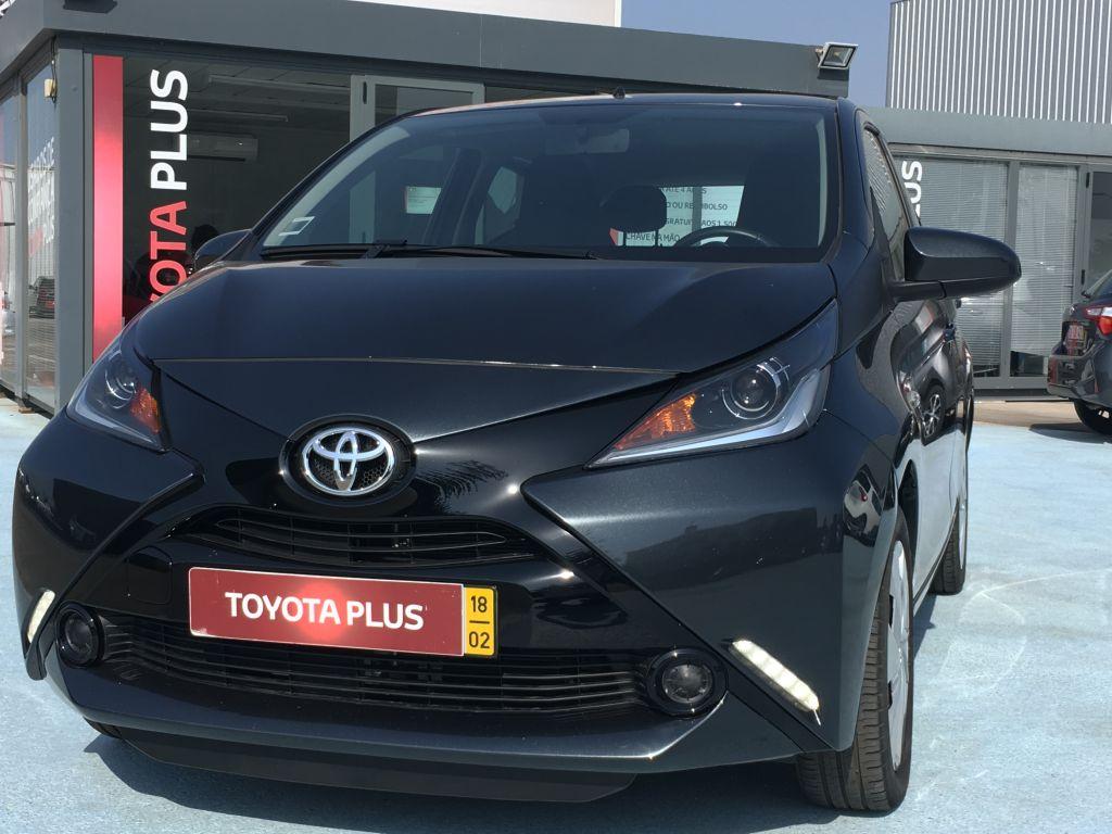 Toyota Aygo AYGO 5P 1.0 X-PLAY+AC+X TOUCH usada Faro