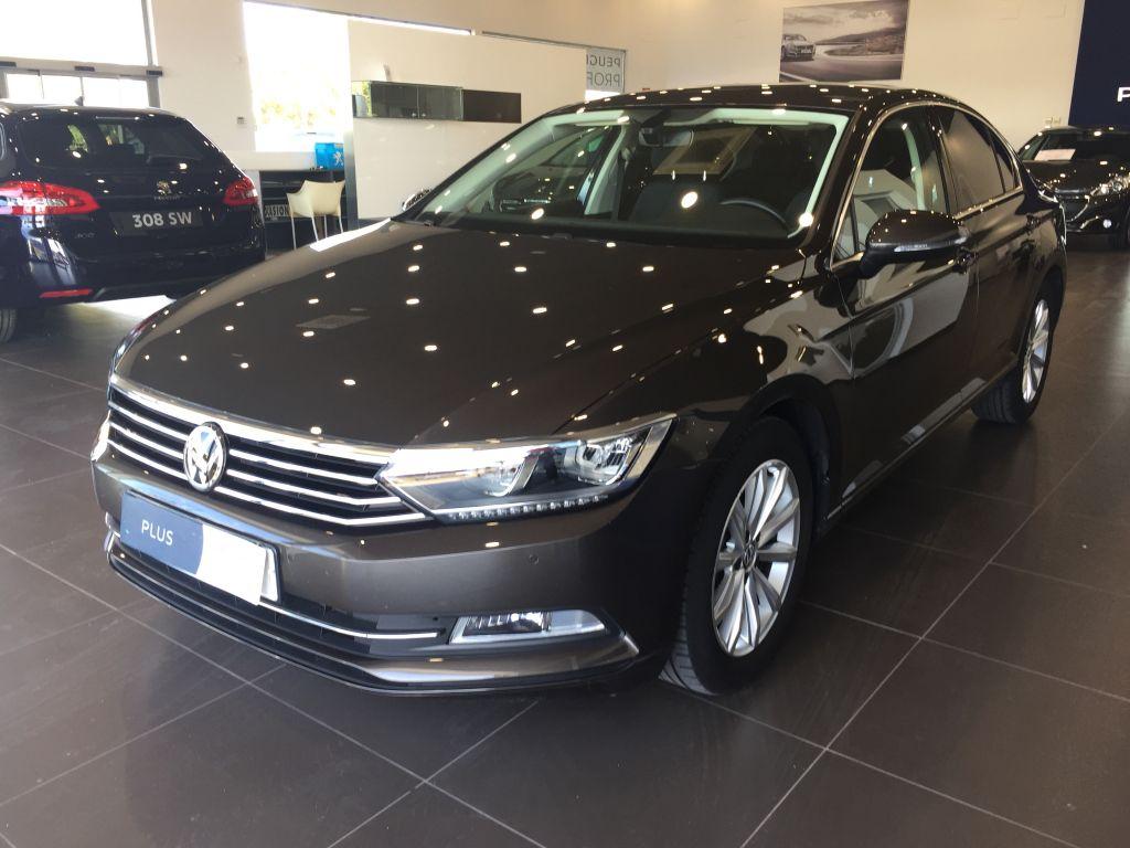 Volkswagen Passat segunda mano Cádiz