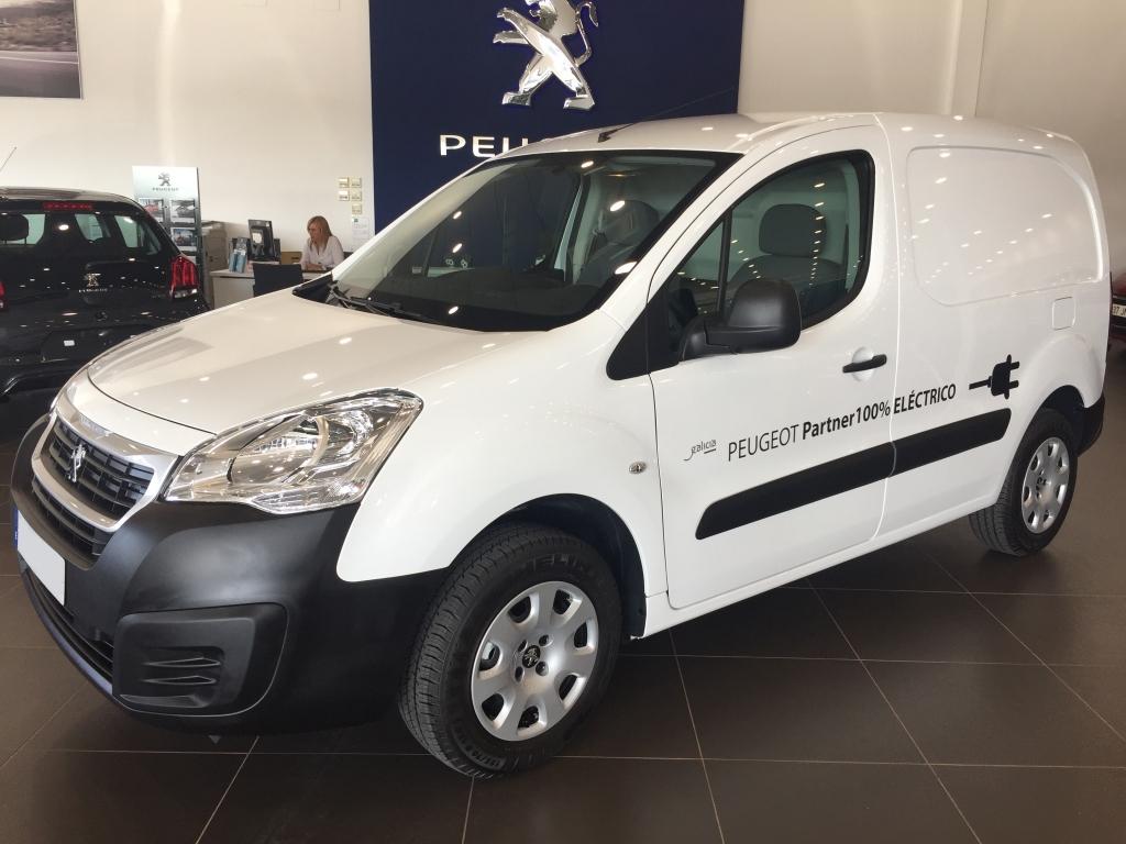 Peugeot Partner Furgón Confort Electric L1 segunda mano Cádiz
