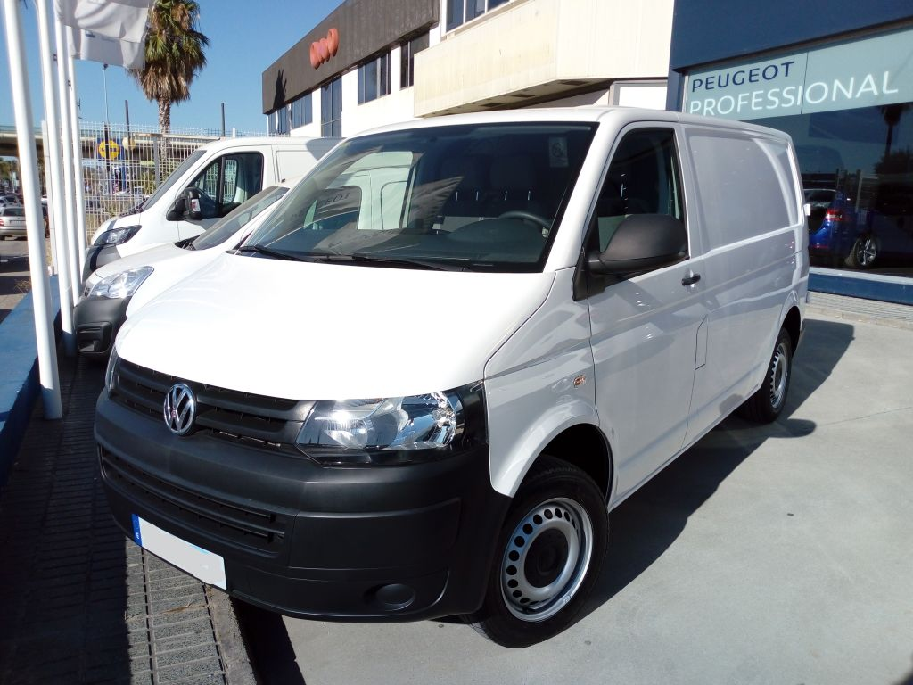 Volkswagen Transporter Furgón PRO Corto TM 2.0 TDI BMT 84CV segunda mano Cádiz