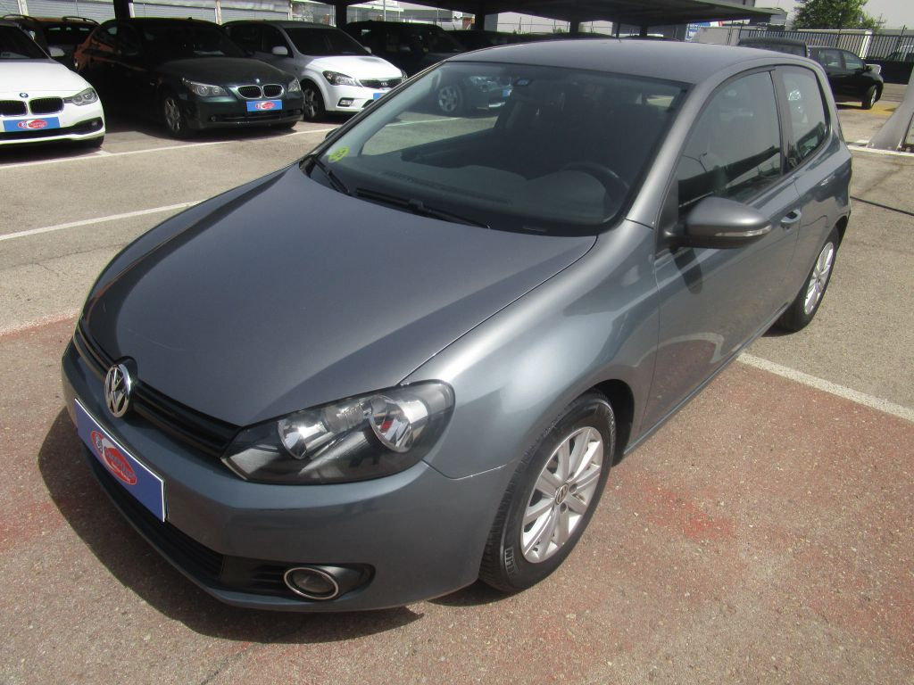 Volkswagen Golf VI 2.0 TDI 110cv DPF Advance segunda mano Madrid