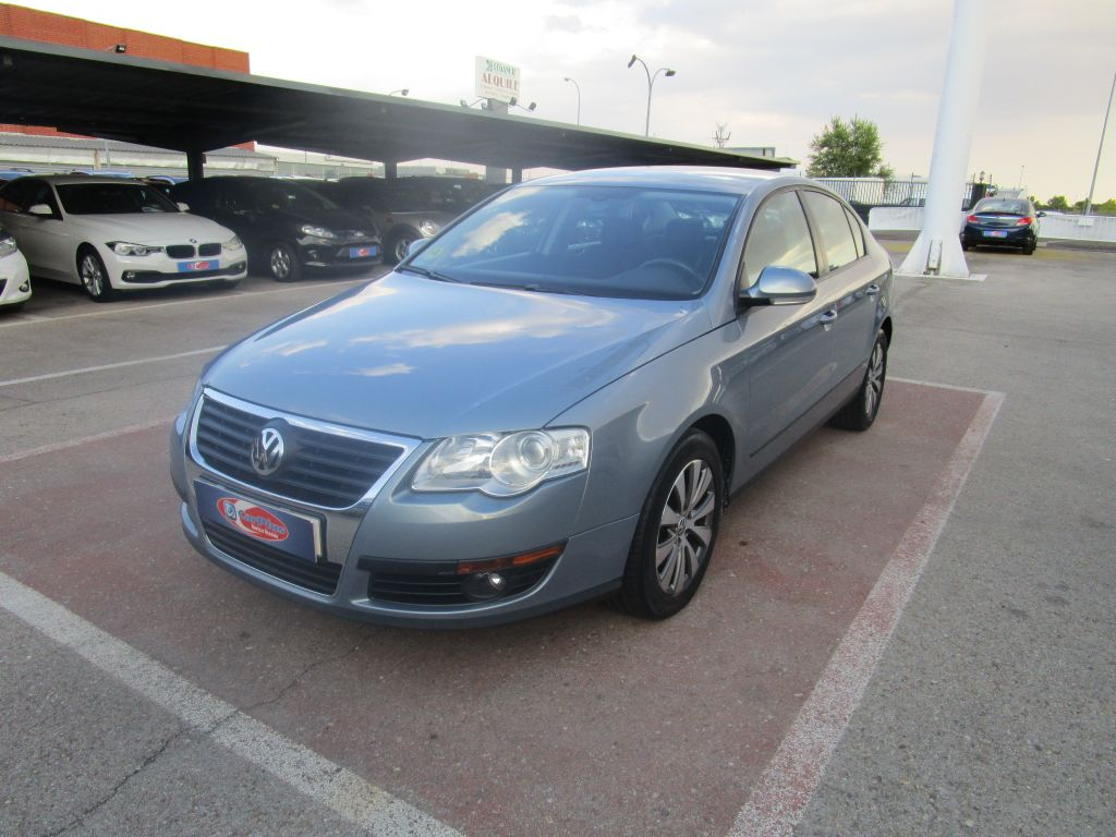 Volkswagen Passat 2.0 TDI 140cv DPF Edition Plus segunda mano Madrid