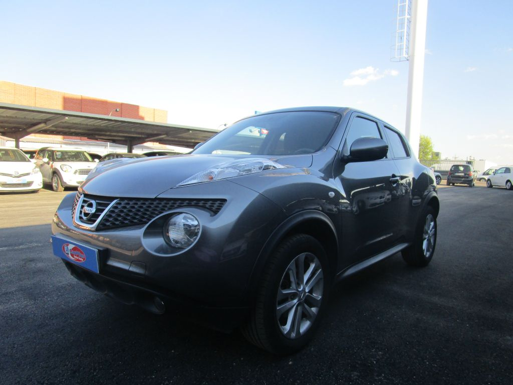 nissan juke 1 5 dci acenta 4x2 2013 30000 nuevo gris. Black Bedroom Furniture Sets. Home Design Ideas