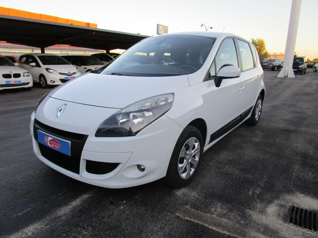 Renault Scenic Dynamique 1.5dCi 105cv eco2 segunda mano Madrid