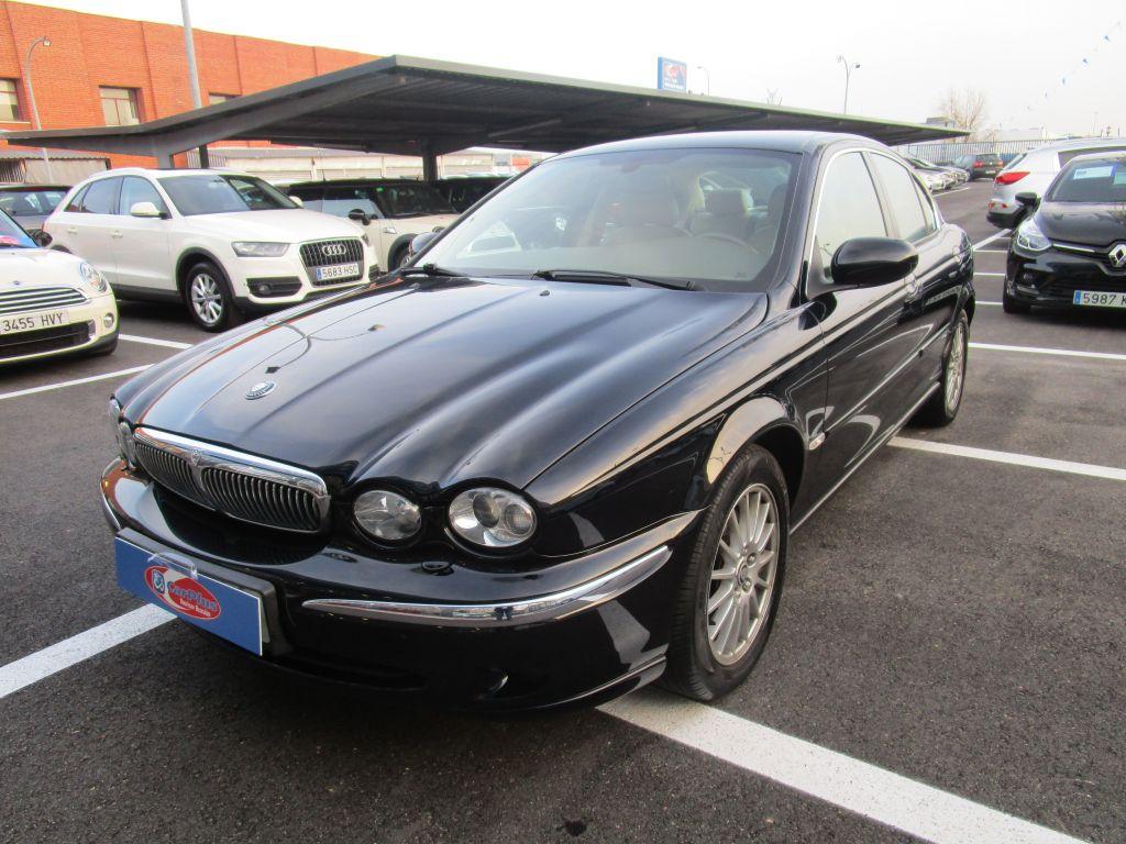 Jaguar X-Type 2.2D Executive segunda mano Madrid