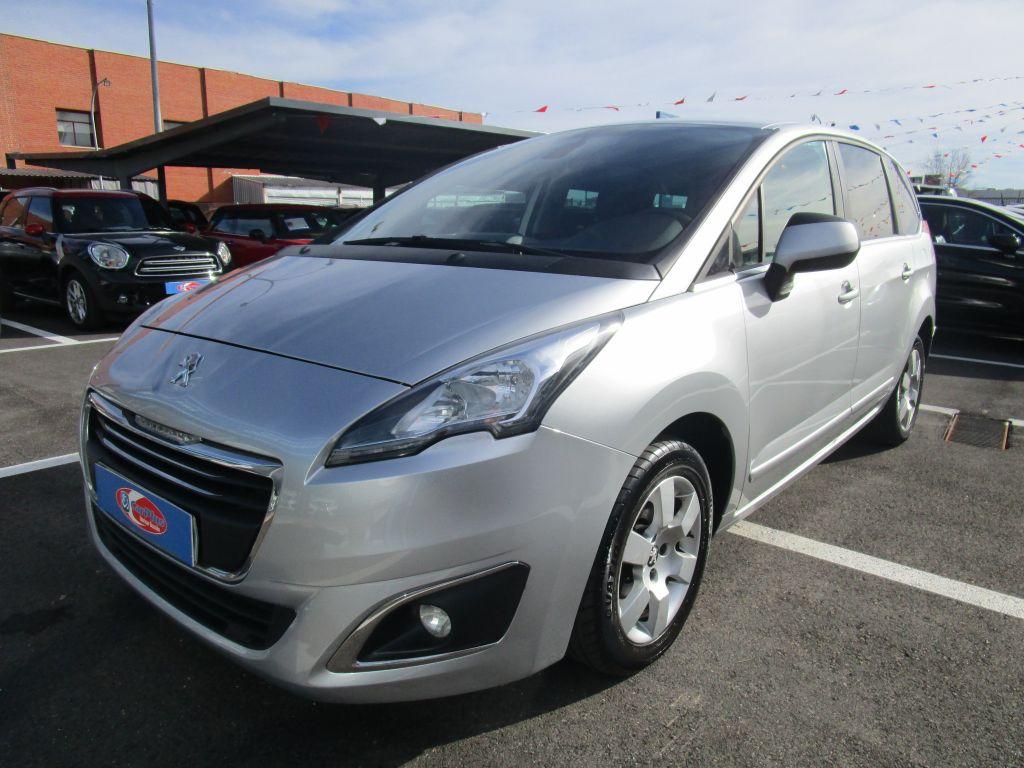 Peugeot 5008 Allure 1.6 HDI 115 FAP segunda mano Madrid