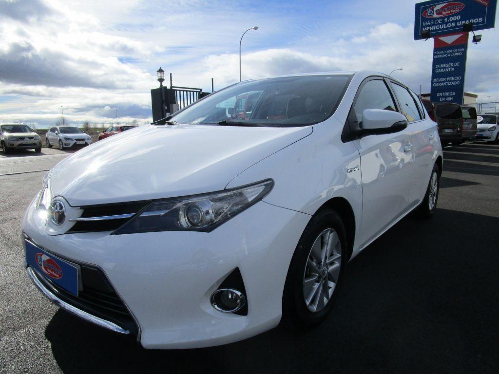 Toyota Auris 1.8 140H Business segunda mano Madrid