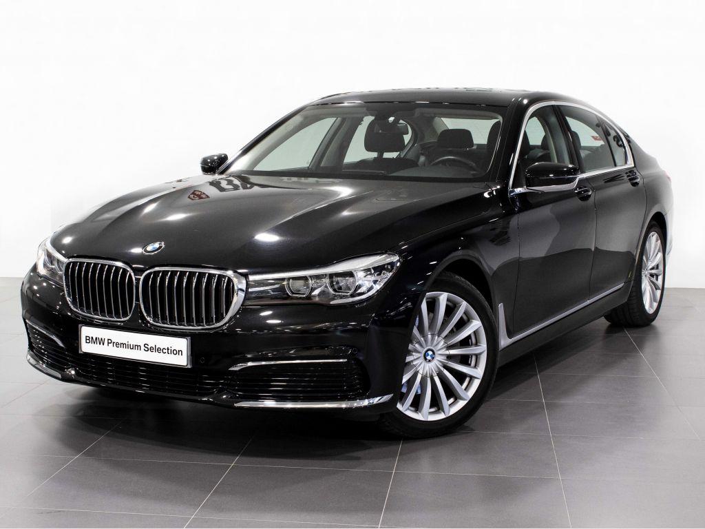 BMW Serie 7 730dA segunda mano Madrid