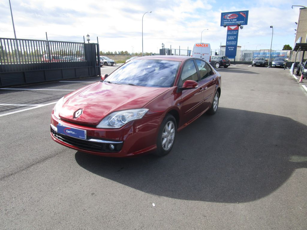 Renault Laguna Authentique 1.5dCi 110CV segunda mano Madrid