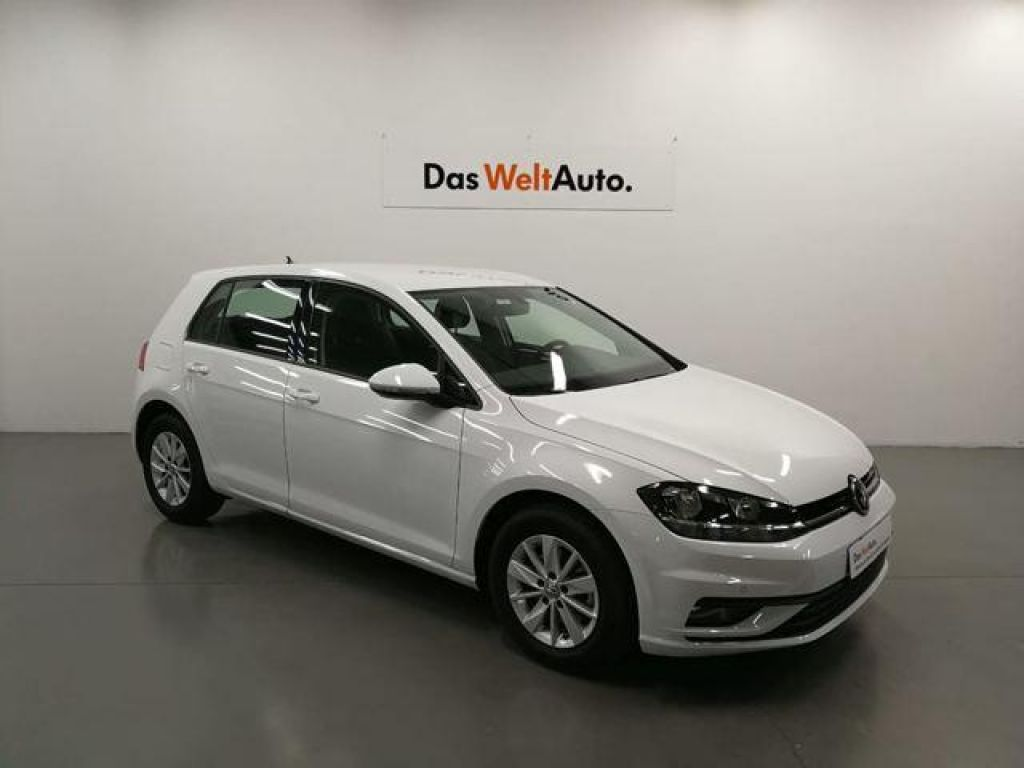 Volkswagen Golf Business & Navi 1.6 TDI 110CV BlueMotion segunda mano Madrid