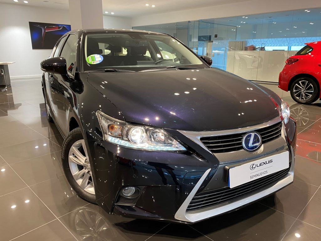 Lexus CT 200h Executive segunda mano Madrid
