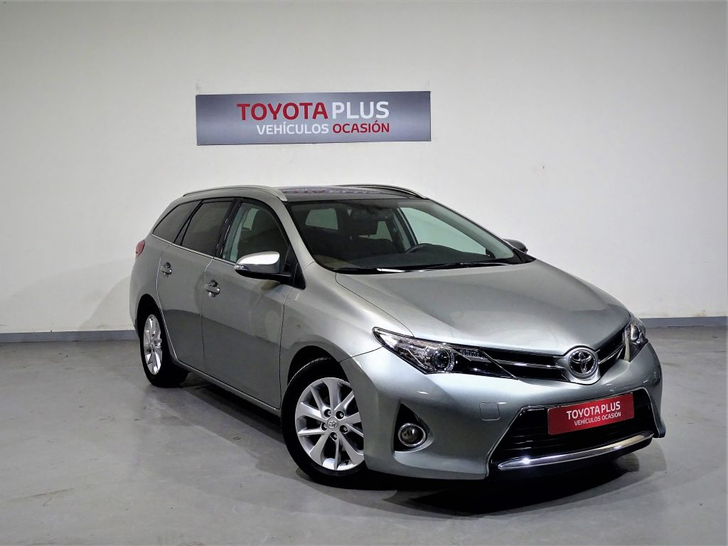 Toyota Auris 120D Active Touring Sports segunda mano Madrid