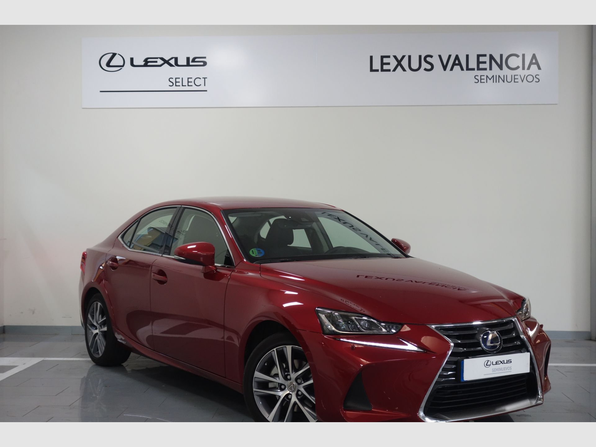 Lexus IS 2.5 300h Executive segunda mano Madrid