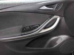 Opel Astra 1.6 Turbo D 110cv S/S Edition segunda mão Porto