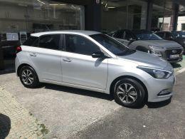 Hyundai i20 1.2 75Cv Comfort segunda mão Porto