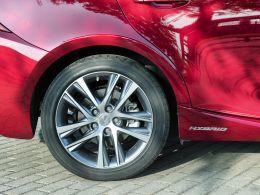 Lexus IS 300h Executive Plus segunda mão Lisboa