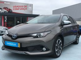 Toyota Auris Touring Sports AURIS TS 1.8 HSD FREESTYLE segunda mão Faro