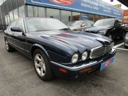 Jaguar Serie XJ XJ8 4.0 Executive segunda mano Madrid