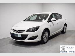 Opel Astra segunda mano Málaga