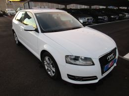 Audi A3 1.6 TDI Attraction segunda mano Madrid
