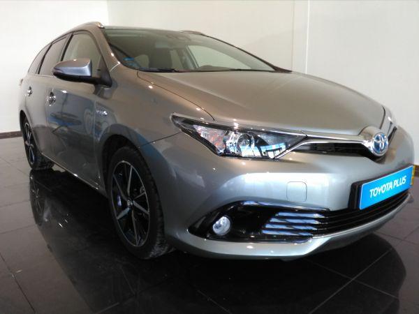 Toyota Auris Touring Sports segunda mano Santarém
