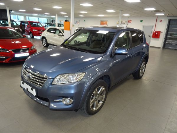 Toyota Rav4 2.2 D-D-CAT Execut.Cross Sp.Autodr.S 4x4